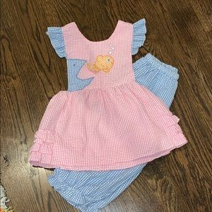 Other - Adorable seersucker pink and blue 2 piece 3T